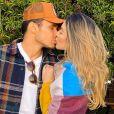 Bruna Santana está namorando  Raphael Veiga,   jogador do Palmeiras