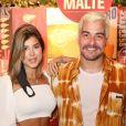 Thiago Martins foi com a namorada, Talita Nogueira