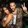 Anitta completou look com s andália plataforma da Dolce & Gabbana de £  1.400