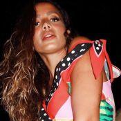 Anitta na Itália: mix de estampas, biquíni canelado e mais tendências!
