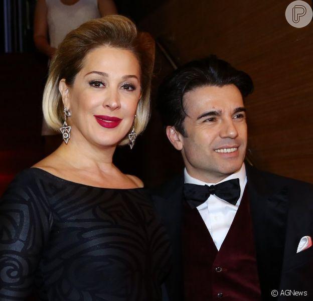 Claudia Raia fala sobre intimidade com Jarbas Homem de Mello. 'Ele controla a minha TPM', diz a atriz durante o 'Mais Você', em 3 de novembro de 2014