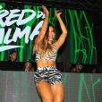 Anitta revela no 'The Talk Talk Show' que vem novo álbum