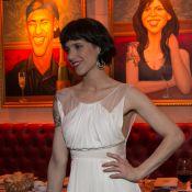 Mel Lisboa mostra novo visual em 100ª apresentação de peça sobre Rita Lee