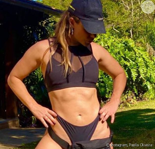 Paola Oliveira Bikini