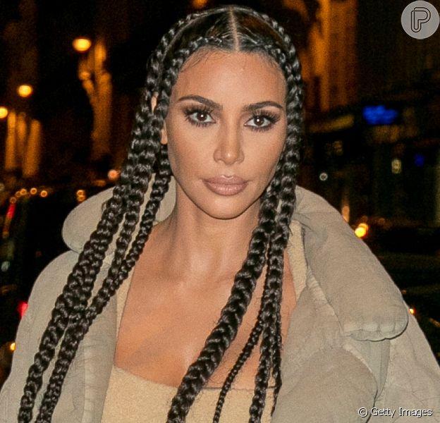 10 penteados icônicos e polêmicos de Kim Kardashian