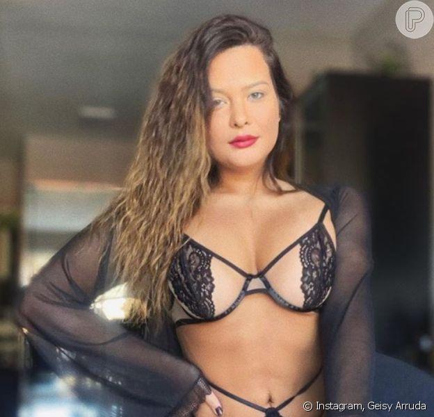 Geisy Arruda reclama de foto censurada pelo Instagram