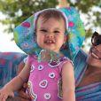 Semelhança entre Thais Fersoza e filha impressiona internautas