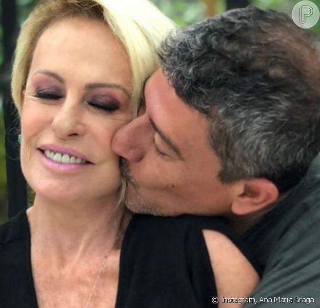 Ana Maria Braga contou ter buscado ajuda no espiritismo para encarar a morte de Tom Veiga, o intérprete do Louro José do 'Mais Você' e 'Note & Anote'