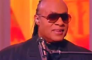 Stevie Wonder nega que será pai de trigêmeos: 'Teremos uma linda filha'
