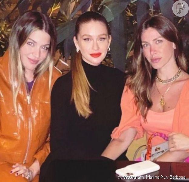 Marina Ruy Barbosa curte jantar com Luma Costa, Nati Vozza e Sarah Mattar