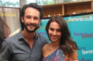Rodrigo Santoro e a namorada, Mel Fronckowiak, vão morar juntos no Rio