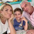 Ana Hickmann se mostrou otimista no tratameto de câncer do marido: 'Firme'