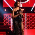 Apresentadora do American Music Awards 2020, Taraji P. Henson usa vestido  Georges Hobeika e joias Roberto Coin em novo look de premiação