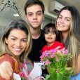 Kelly Key homenageou os filhos, Suzanna, Jaime e Artur, na internet