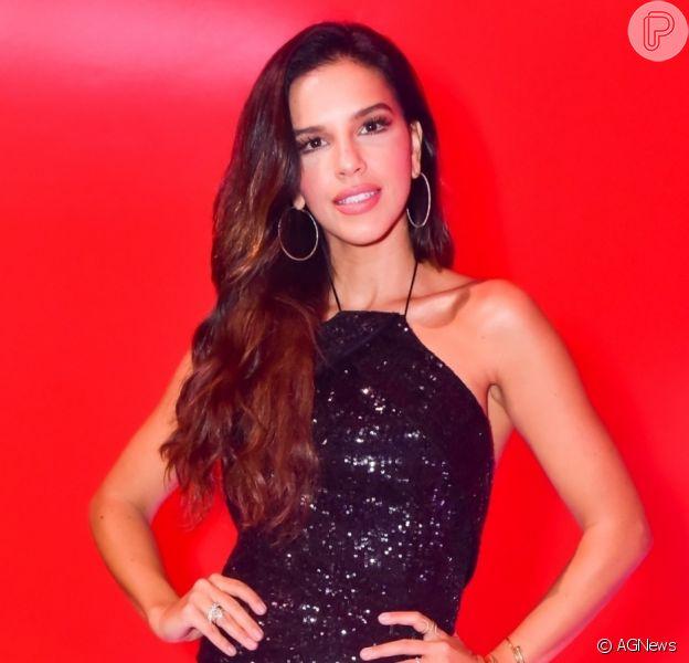 Mariana Rios nega romance com cantor Luan Santana