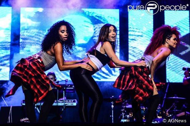 Anitta fez pocket show no 13º Prêmio Jovem Brasileiro 2014, na noite de terça-feira, 11 de novembro de 2014, no Palácio das Convenções Anhembi, em São Paulo