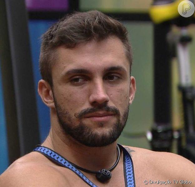 'BBB 21': Arthur minimizou reação de Carla Diaz