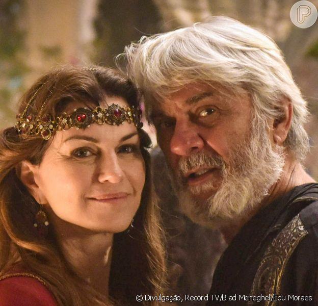 Novela 'Gênesis': Abraão (ZéCarlos Machado) e Sarai (Adriana Garambone) vão ser pais só na velhice