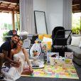 Lucas Lucco e Lorena Carvalho mostram enxoval do filho, Luca