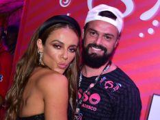 Namorado de Paolla Oliveira, Douglas Maluf posta foto rara do casal nos 39 anos da atriz
