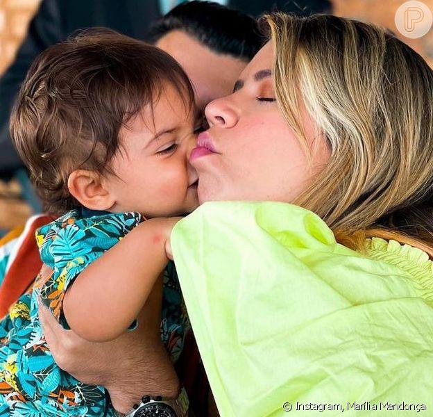 Marília Mendonça levou o filho, Léo, para cortar o cabelo pela primeira vez