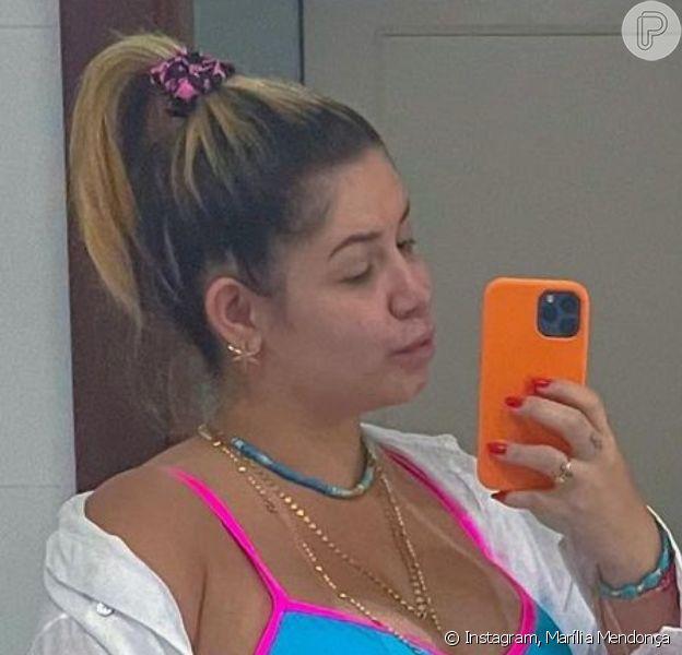 Marília Mendonça posa de biquíni e exibe corpo mais magro, em 2 de maio de 2021