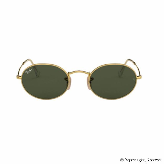 Óculos oval slim, da Ray-Ban, está disponível na Amazon