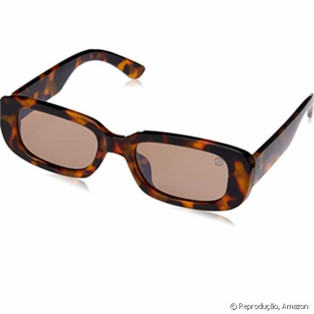 Óculos retangulares são tendência e estão disponíveis na Amazon