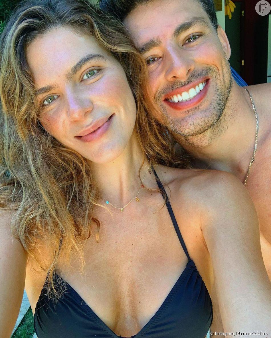 Mariana Goldfarb afasta incômodo por par romântico de Cauã Reymond e Alinne Moraes