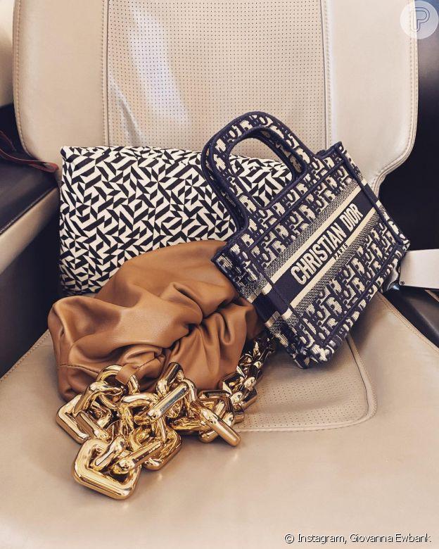 Giovanna Ewbank postou foto da bolsa usada pela filha, Títi
