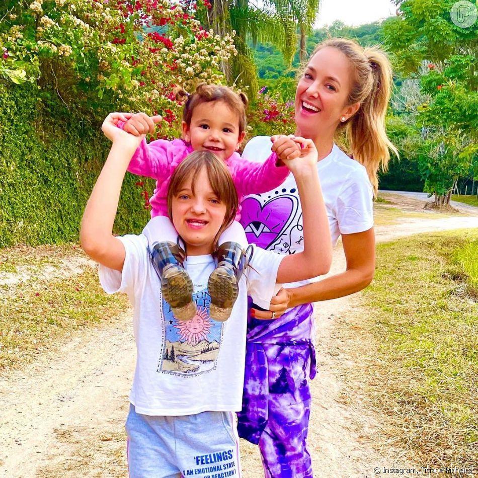Ticiane Pinheiro adora compartilhar registros em família na web