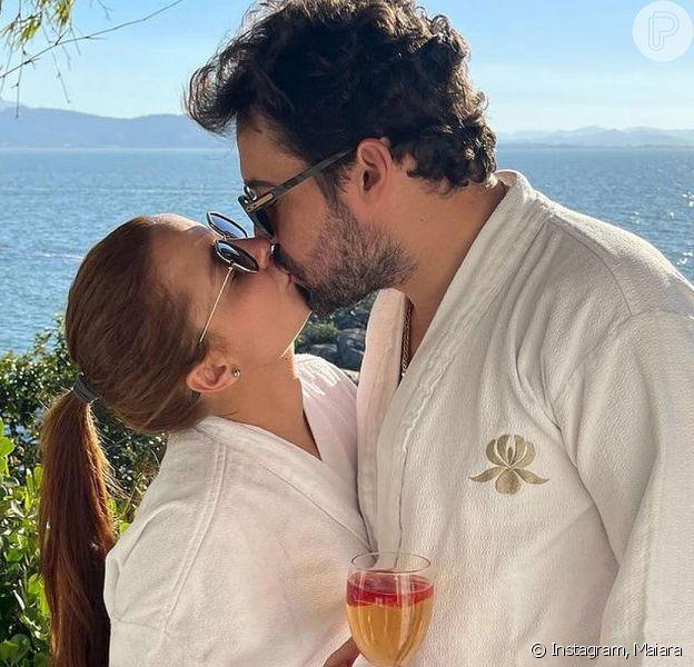 Maiara e Fernando Zor se casaram em uma live junina