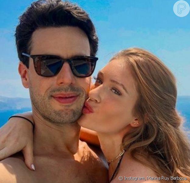 Alexandre Negrão volta à Grécia após passeio romântico com Marina Ruy Barbosa no país, quando ainda eram casados, em 2018