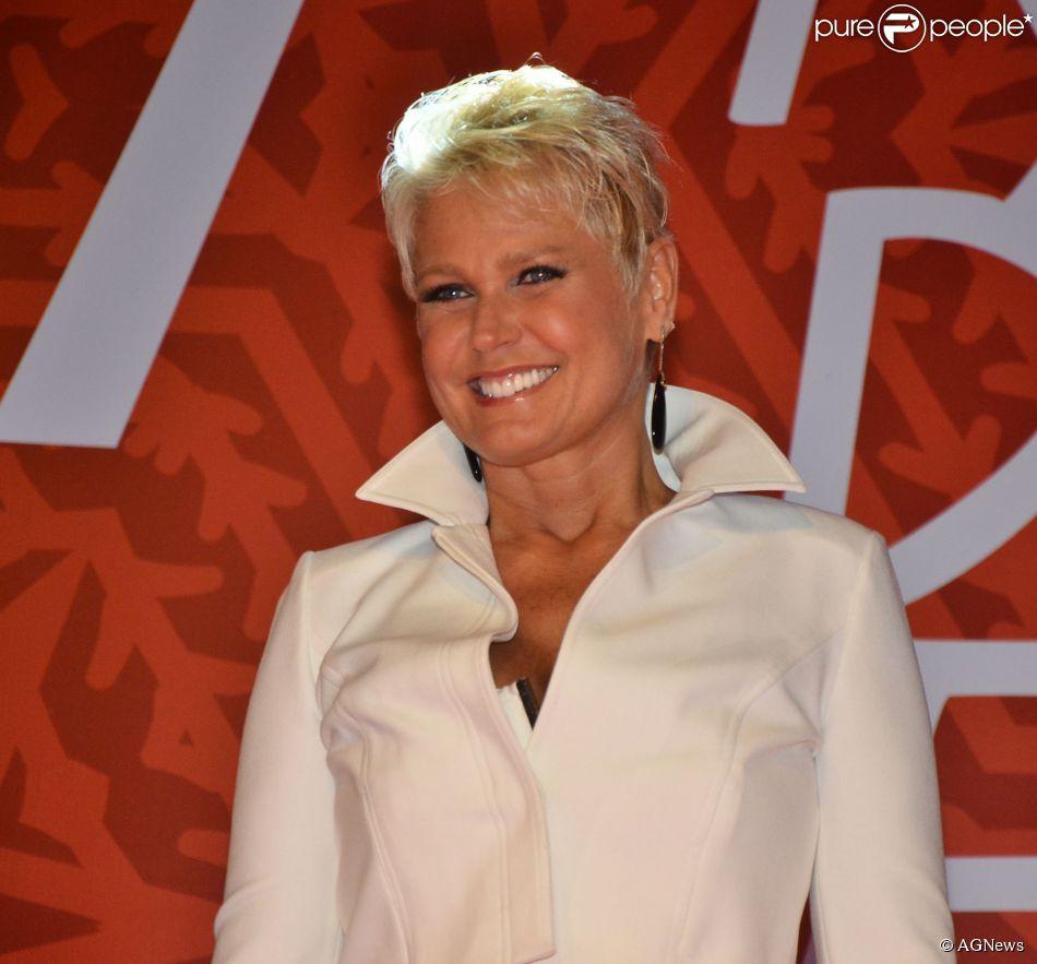 Xuxa pode deixar a Globo e assinar contrato com a Record ainda este ano, como informou o colunista de TV Flávio Ricco nesta sexta-feira, 21 de novembro de 2014
