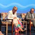 Xuxa se afastou da TV para se tratar da sesamoidite, uma inflamação nos ossos dos pés