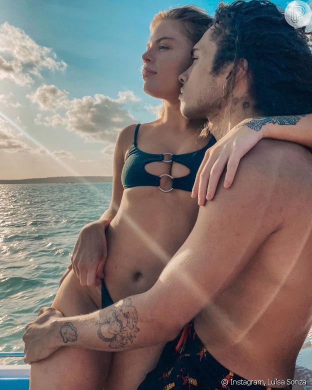 Luísa Sonza e Vitão assumiram relação em setembro, e foram duramente criticados na web