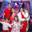 Simone e Kaká têm dois filhos: um menino de sete anos e uma menina de cinco meses