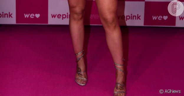Virgínia Fonseca usou sandália da marca italiana René Caovalli em evento em São Paulo
