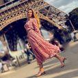 Grazi Massafera usou vestido com gola polo durante viagem à Paris