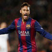 Neymar faz golaço pelo Barcelona com Thiago Silva e David Luiz no time rival