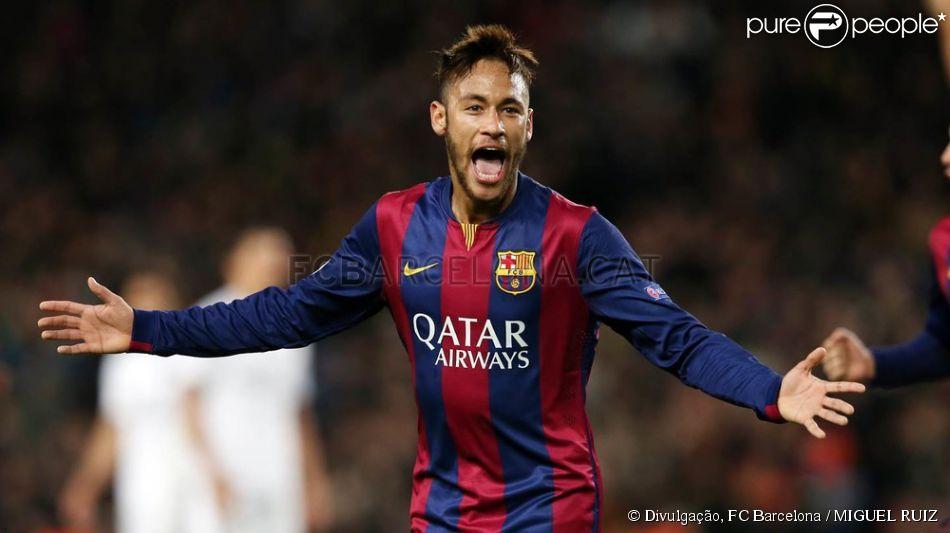 Neymar marca golaço em vitória do Barcelona sobre o Paris Saint-Germain, time de Thiago Silva e David Luiz, nesta quarta-feira, 10 de dezembro de 2014