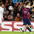 Neymar marca golaço em vitória do Barcelona sobre o Paris Saint-Germain, time de Thiago Silva e David Luiz