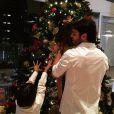 Kaká curtiu a noite de Natal com os filhos, Luca e Isabella