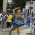 Sabrina Sato se veste de bailarina em ensaio da escola de samba de Vila Isabel, no Rio