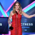 Emily Blunt ganha o prêmio de Melhor Atriz de Filme de Ação por 'No Limite do Amanhã' no Critics' Choice Awards 2015