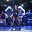 Anitta se apresentou no Baile da Favorita, na quadra da Rocinha, no Rio de Janeiro