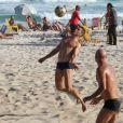 José Loreto é o nome cotado para substituir Malvino Salvador na produção. O ator pratica esporte na praia com frequência e mostra um corpão digno de lutador