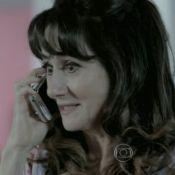 Em 'Império', Magnólia usa celular de cabeça pra baixo e vira piada: 'Especial'