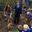 Kate Middleton e John se divertiram em frente das crianças