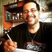 Leandro Hassum aparece 32 kg mais magro e comenta volta ao trabalho: 'Saudade'